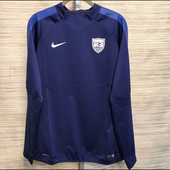 ad857df437ee NWT Nike Stormfit US Soccer Pullover